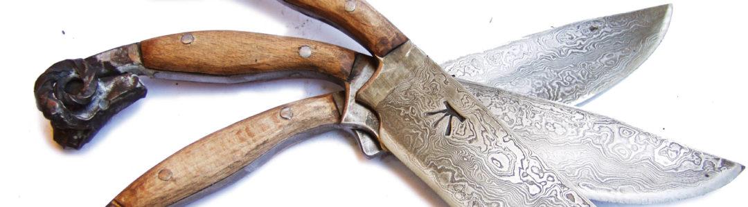 Damascus Steel Ram Head KNIFE with Wood Handle